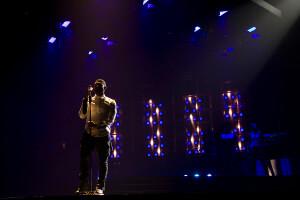 Usher using GLP impression X4 S_3 Photo Credit Todd Kaplan