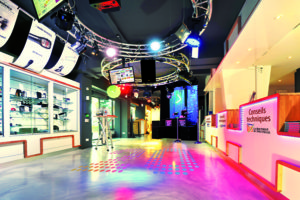 GENERAL VIEW of LA BS showroom-2w